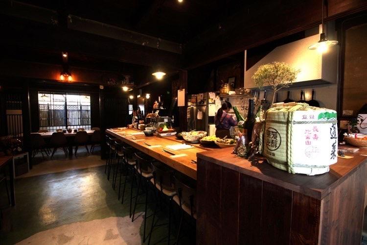 日本酒食堂 hularito